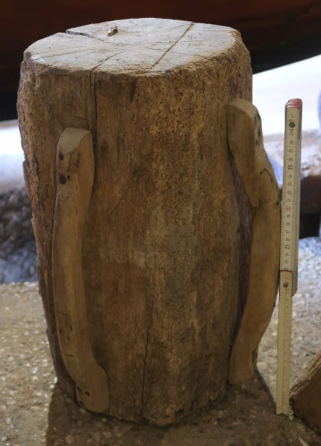 Wooden hand-mallet