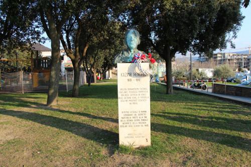 A bust of Kazimir Renčelj