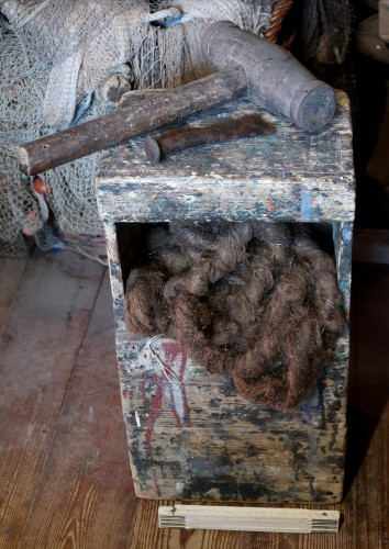 Work wooden box of the caulker